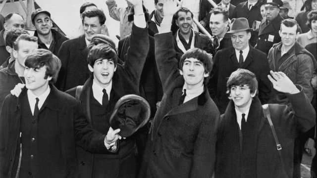 Beatles anländer i Sverige